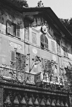 emotions retro architecture