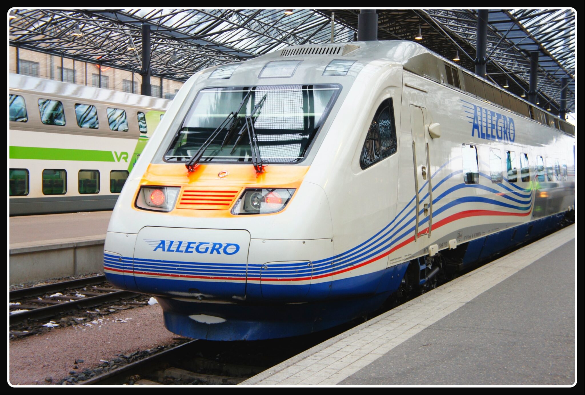 Скоростной поезд Аллегро Санкт-Петербург - Хельсинки